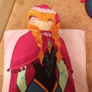 Frozen hooded towel